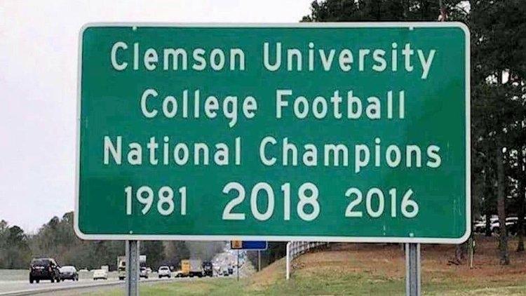 LOOK: Clemson 2018 National Championship sign