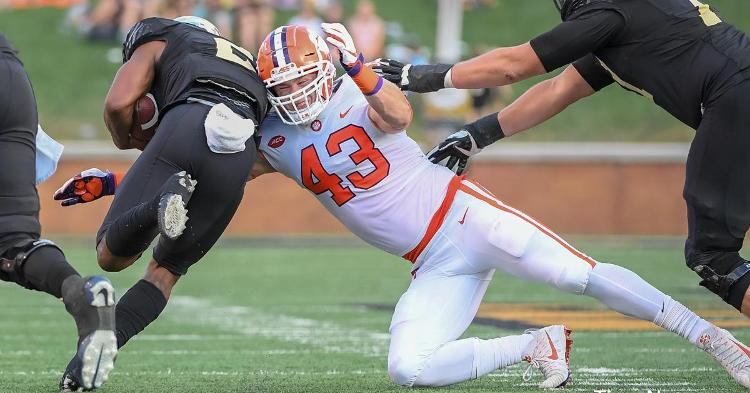 Chad Smith makes a tackle against Wake Forest last season
