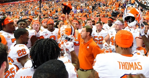 """Swinney says a salary for college athletes would be a """"a train wreck."""" (USA TODAY Sports-Rich Barnes)"""