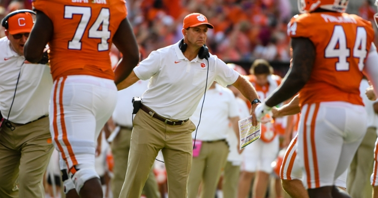 Clemson is still holding off LSU and Ohio State for No. 2, with 14 first-place votes.