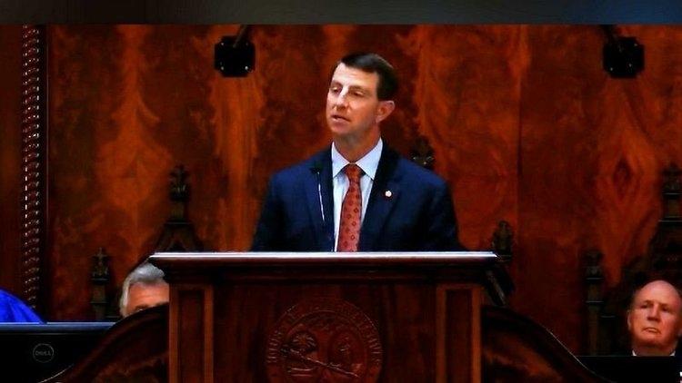 Swinney speaks Tuesday in Columbia