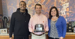 Deshaun Watson surprises Dabo Swinney with Good Works team trophy