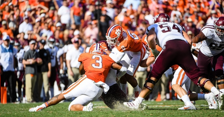 Clemson extends lead at No. 1 in AP Poll