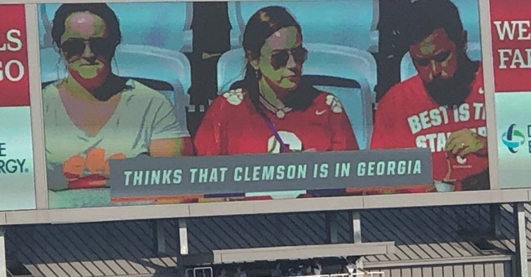 Some fans thought the jokes were classless