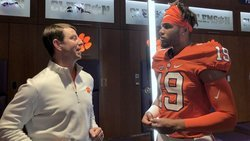 Big Miami tight end working on Clemson relationship, plans return for spring game