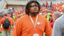 Elite OL commits to Clemson