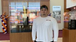 Alabama OL prospect compares visits to Clemson and Tennessee