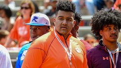 Clemson OL commit receives positive injury prognosis