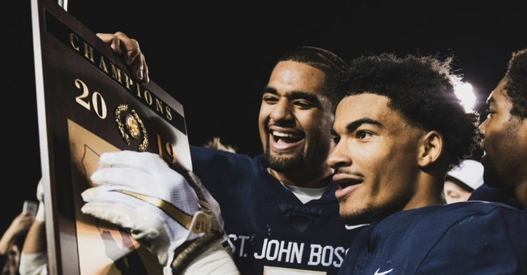 Twitter reacts to DJ Uiagalelei's final high school game