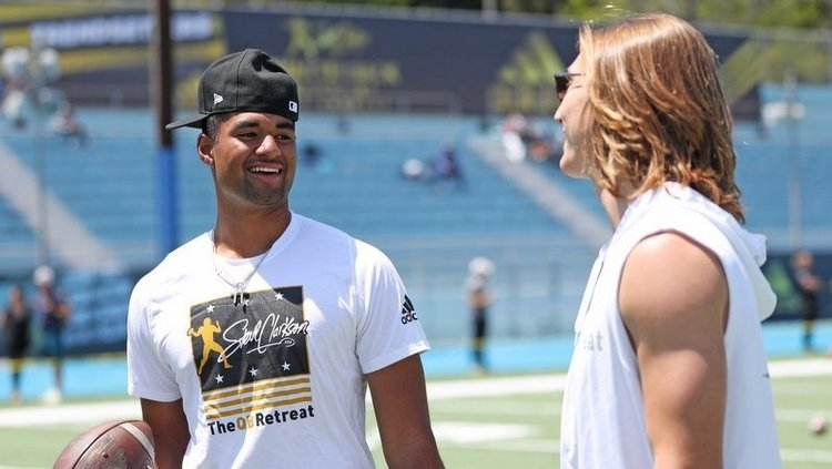 Uiagalelei and Lawrence last weekend at the QB Retreat (Photo courtesy of Kevin Carden)