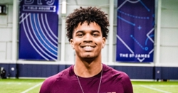 Clemson makes final five schools for 5-star QB
