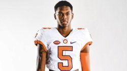4-star prospect commits to Clemson's 'WRU'
