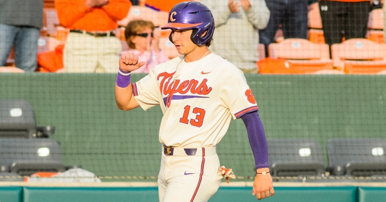 Clemson OF out indefinitely with broken wrist