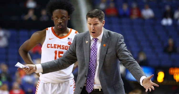 Brad Brownell yells at someone during the win over Miami.  (Photo: Jeremy Brevard / USATODAY)