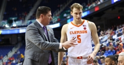 Clemson cool at free-throw line to advance to ACC quarters