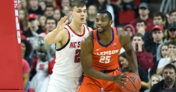 Clemson forward declares for NBA draft