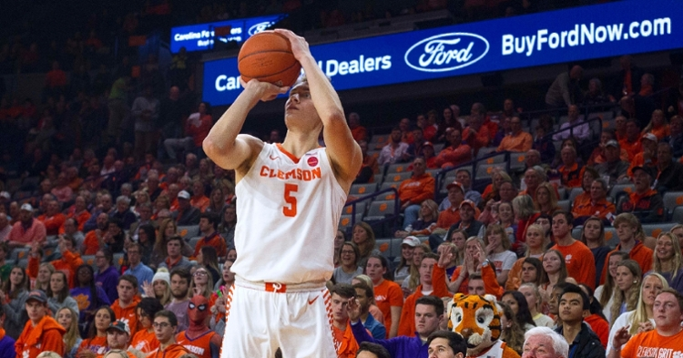 Clemson seeks a return to .500 in ACC action after a loss at ACC-leading Louisville on Saturday. (Photo: Josh Kelly / USATODAY)