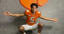 Clemson offers 4-star QB