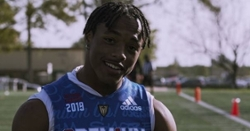 Clemson offers 3-star athlete from California