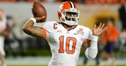 Tajh Boyd Foundation donates groceries to 150 families