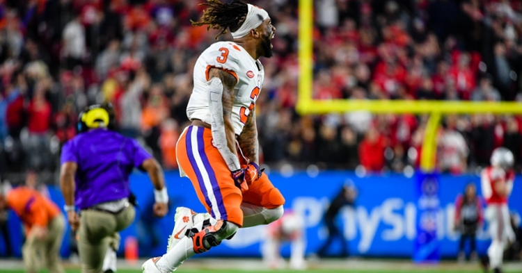 Notebook: Orange britches, COVID testing, and Korey Foreman's weekend in Valley