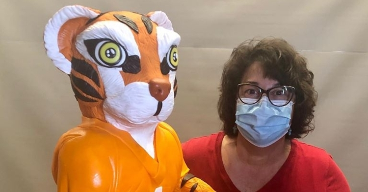 Tiger cake and possibly Bonnie (Photo credit - Bonnie Brunt Cakes)