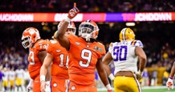 Clemson by the numbers: Travis Etienne finishes No. 2 in yards per carry