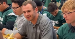 WATCH: Hunter Renfrow spends time with HS students talking breakfast