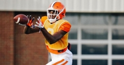 LOOK: Justyn Ross in full pads at Clemson practice