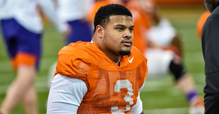 Clemson planning to redshirt DE starter