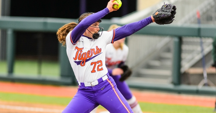 Cagle keys Clemson softball shutout of Blue Hose
