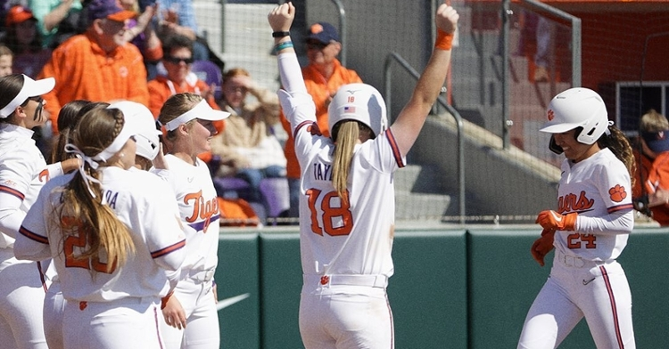 Clemson players react to the sweep of Virginia