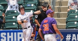 Louisville smacks seven homers to defeat Clemson in ACC tourney