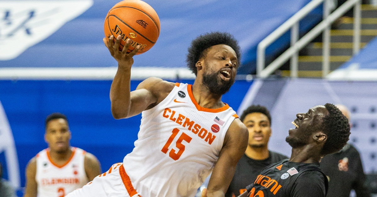 One-and-done: Short-handed Miami defeats Clemson in ACC Tournament - TigerNet