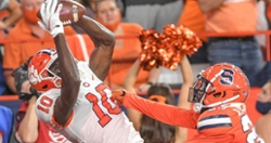 Twitter reacts to Clemson's 17-14 road win against Syracuse