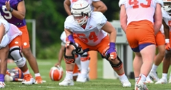 Clemson offensive lineman admits performance last season