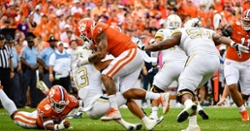 Clemson's defense continues to shine