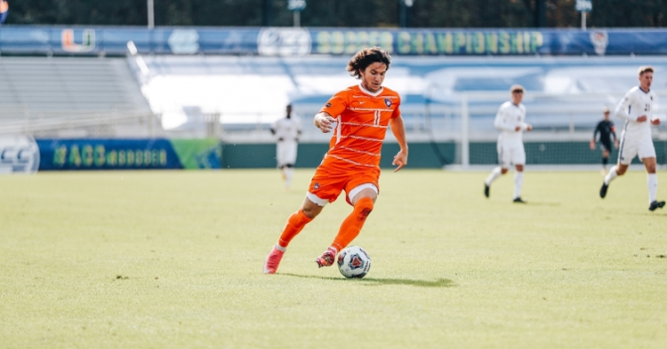 Barber signs with Sporting KC (Photo courtesy: Clemson Athletics)