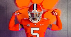 Clemson offers rising 4-star south Florida WR prospect