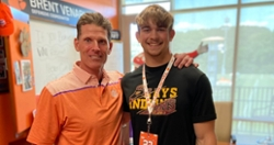 Stay hot Clemson: Clemson picks up huge commitment from No. 1 player in Kansas